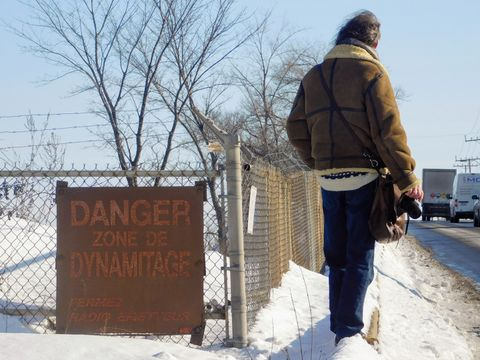 Danger zone, dynamite