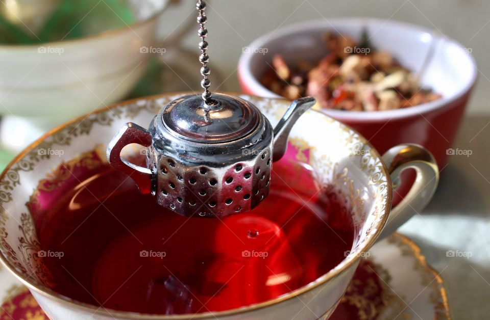 Tea infuser over the cup