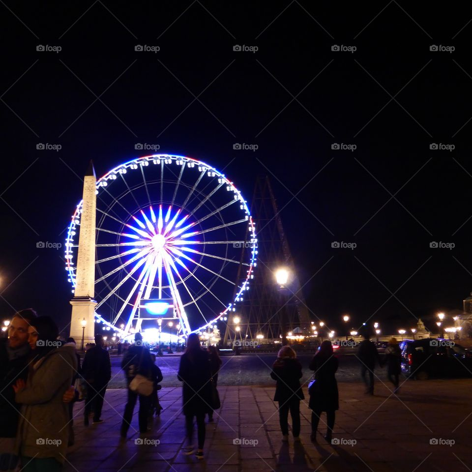 Champs Elisee at night Atmosphere