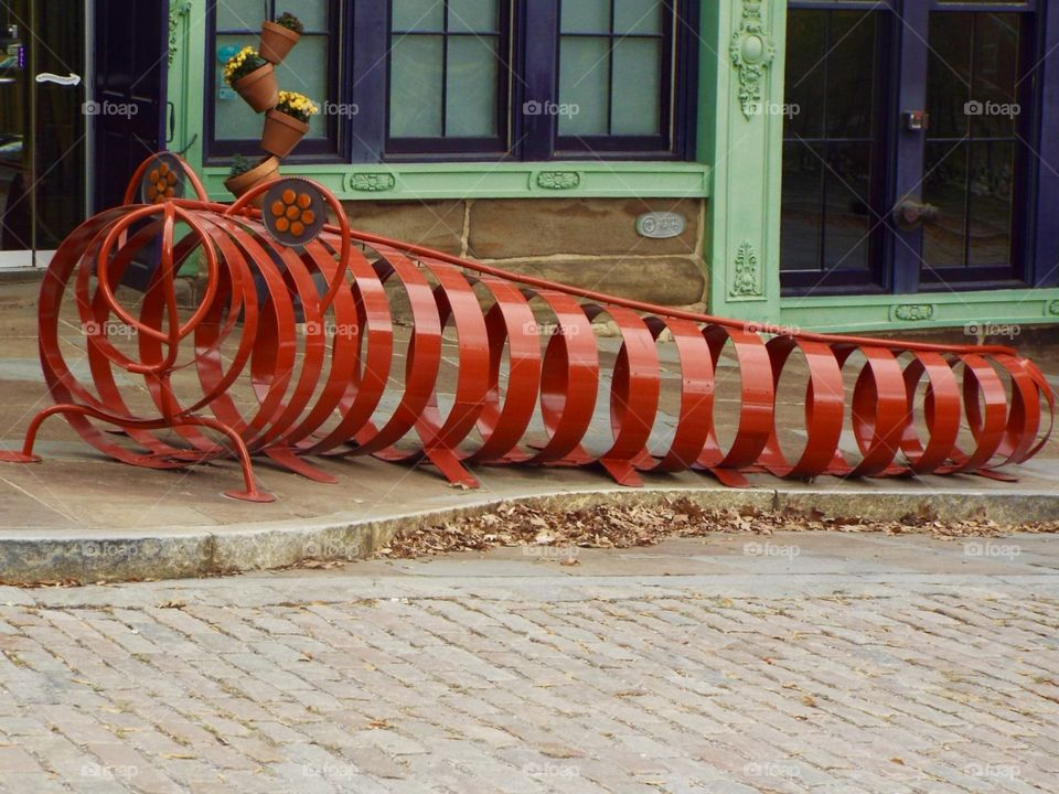 Metal worm art