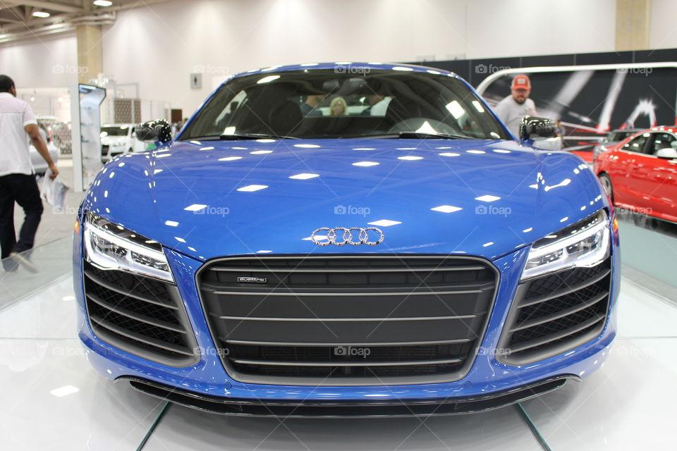 Audi R8. Beauty blue beast