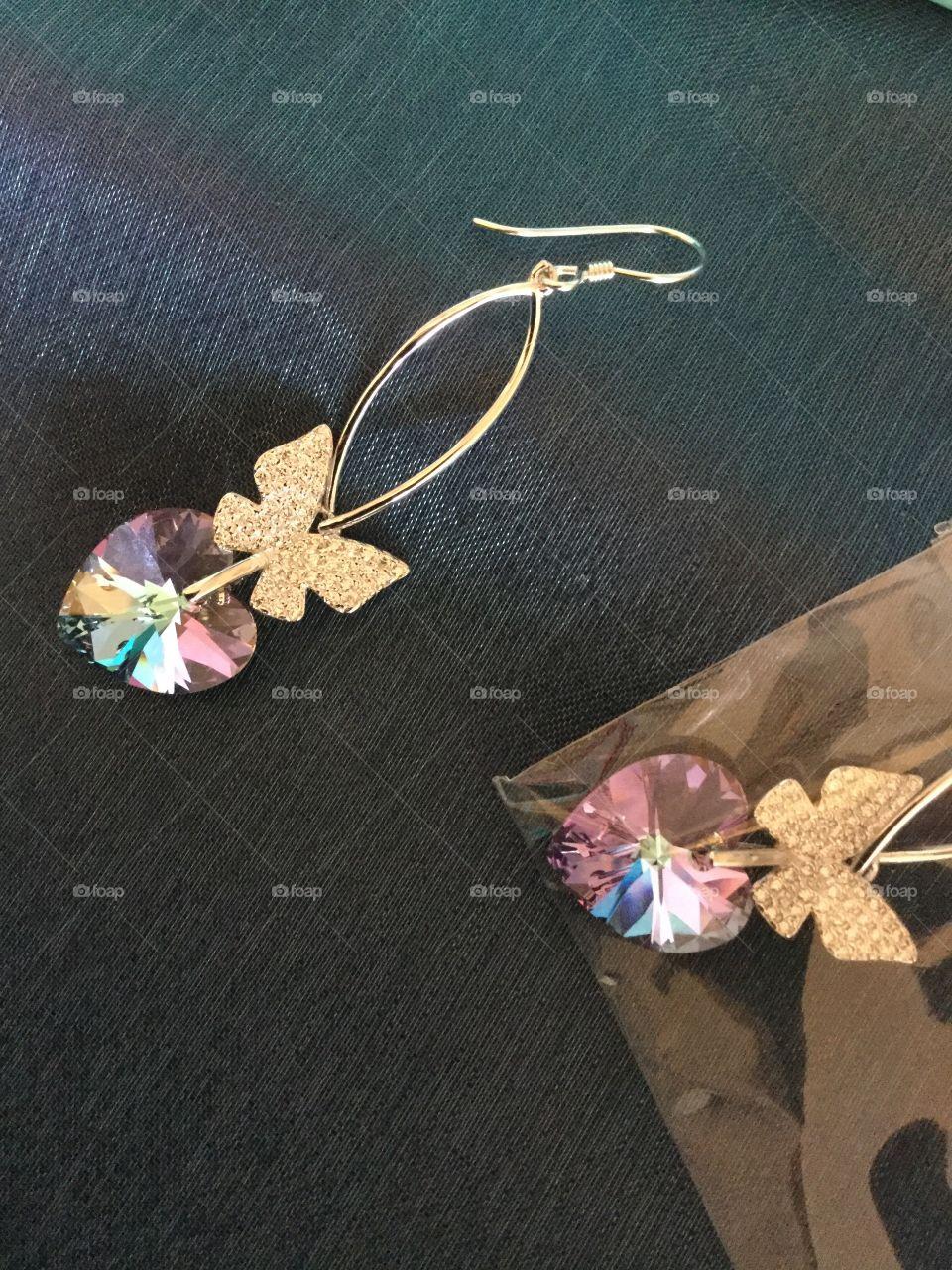 Eva's Crystal hart earrings