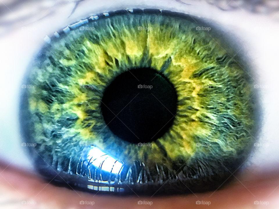 Magical iris
