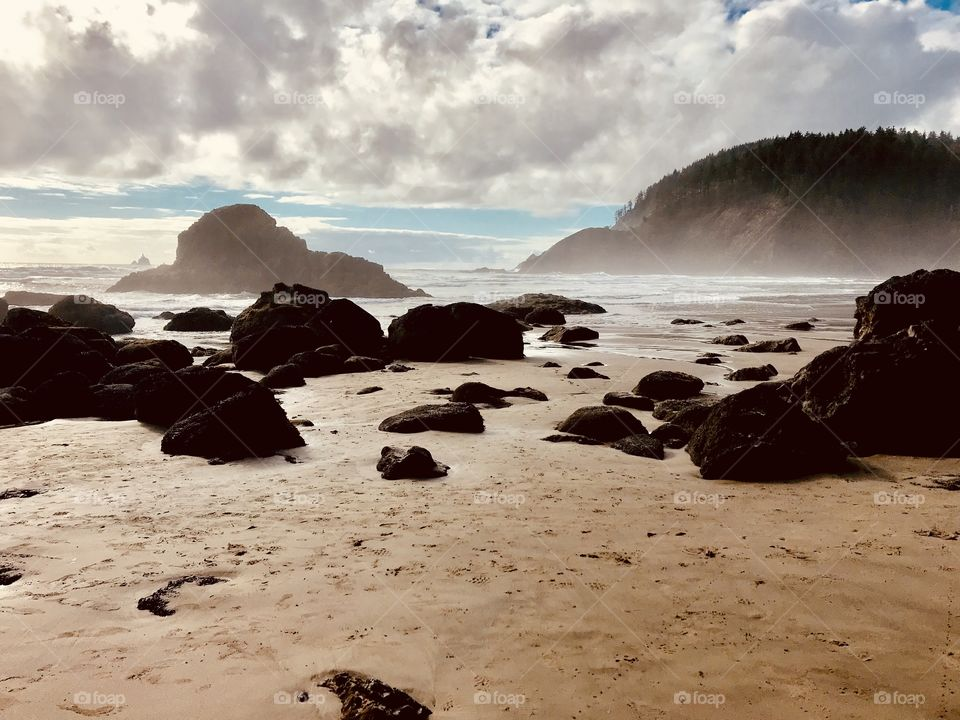 Gorgeous photos from Pacific Northwest taken in Washington and Oregon on beautiful day.