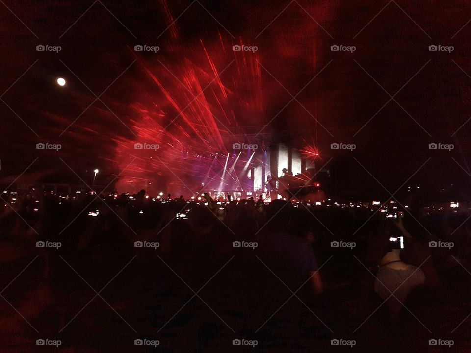concert through a phone