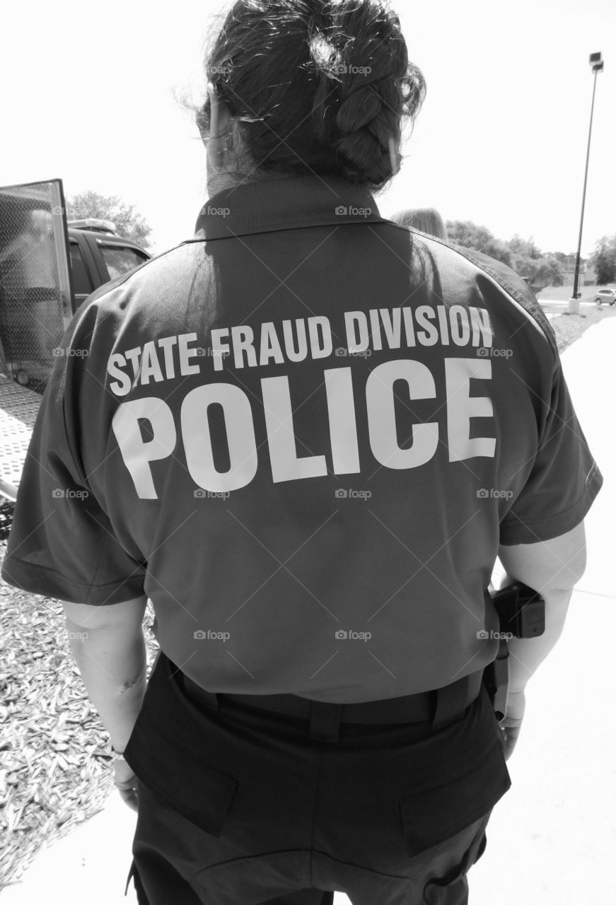 State of Florida Bomb Squad and State Fraud Division officer work hand in hand to resolve crime causes!