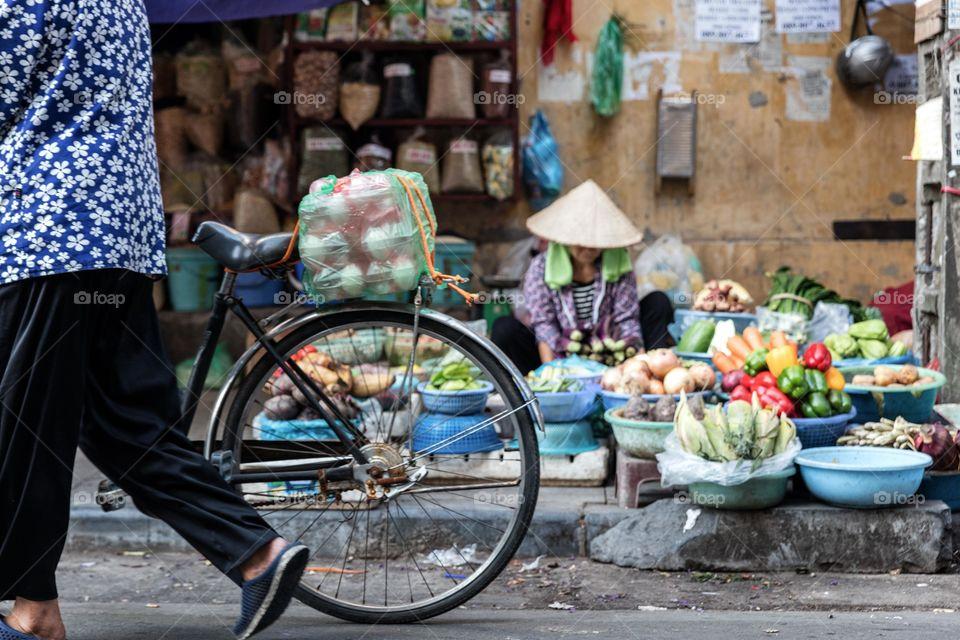Hanoi market life