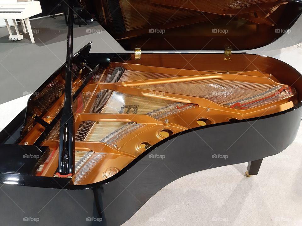 piano music sound