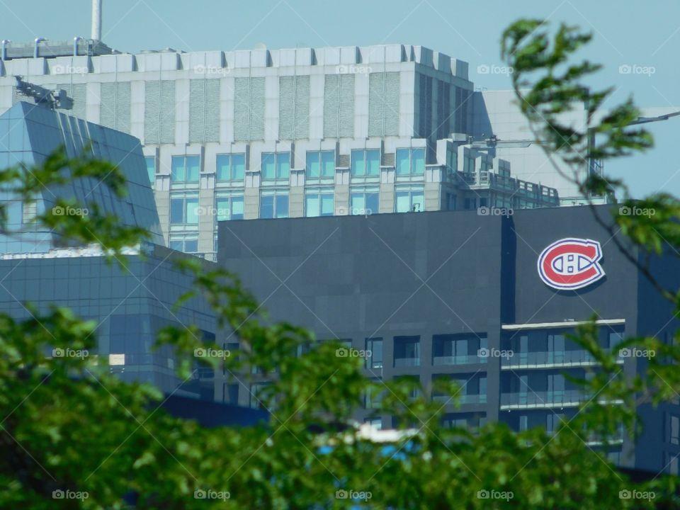 Tour des Canadiens, The Canadians Tower
