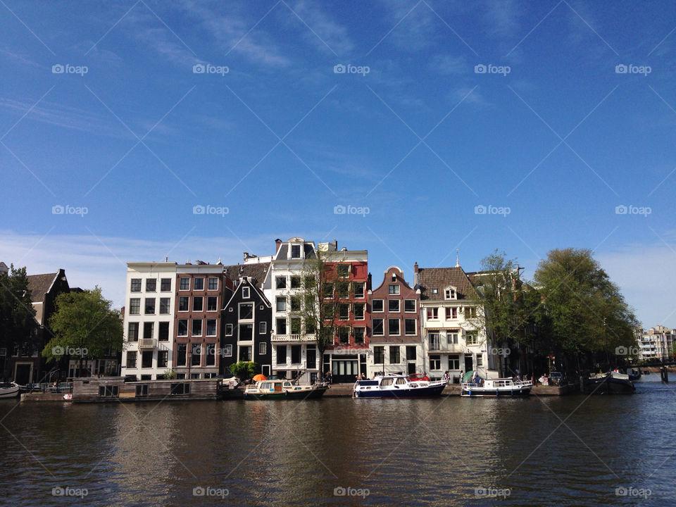 Gram the dam I. Beautiful buildings of canal city: Amsterdam