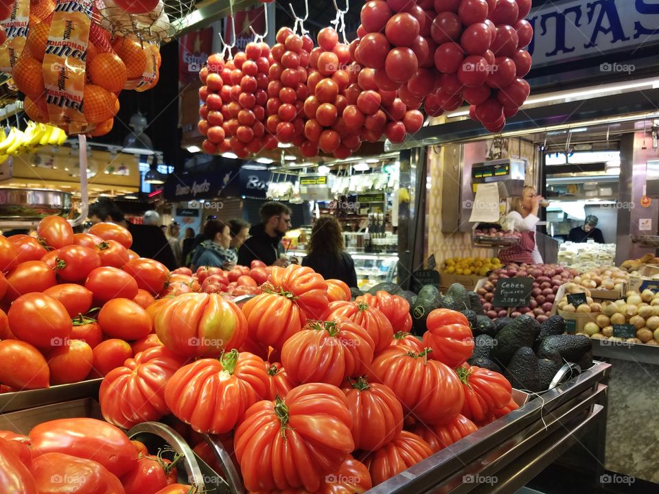 tomatoes at La Boqueria in Barcelona