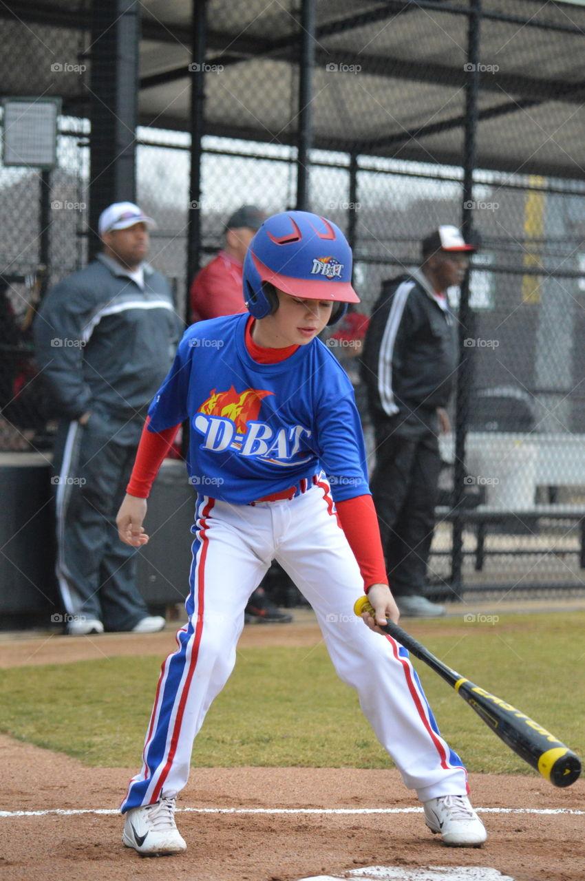 Bat tap at home plate. Bat tap at home plate before smashing the ball.