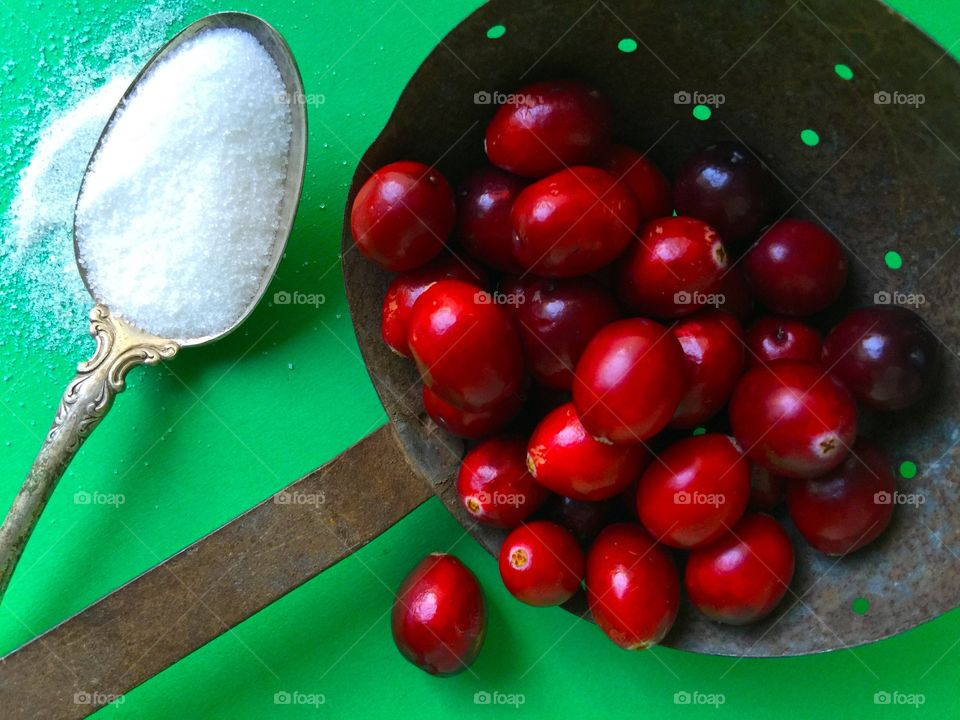 Fresh cranberries with sugar