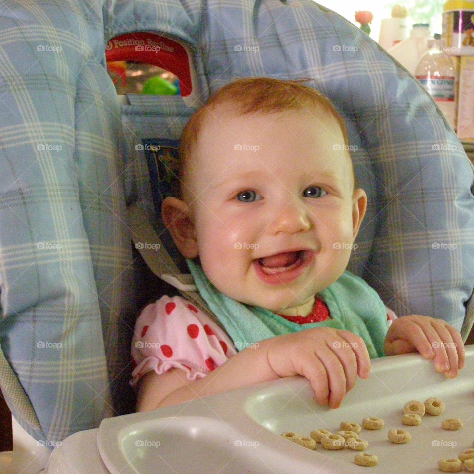 Baby Loves Cereal