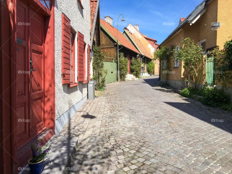 Houses with cobblestone streets in the town of Visby