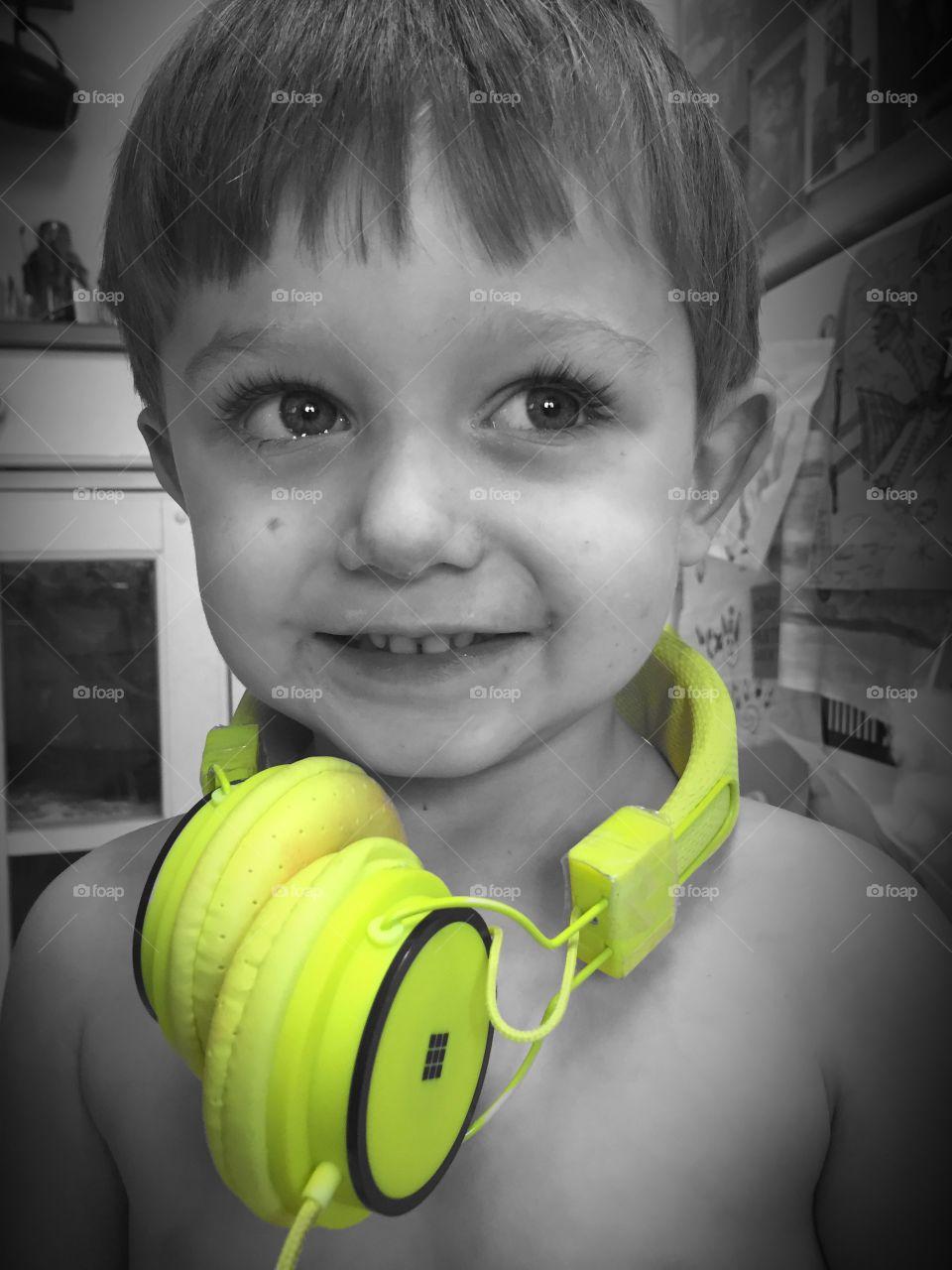 Portrait of a boy with earphone