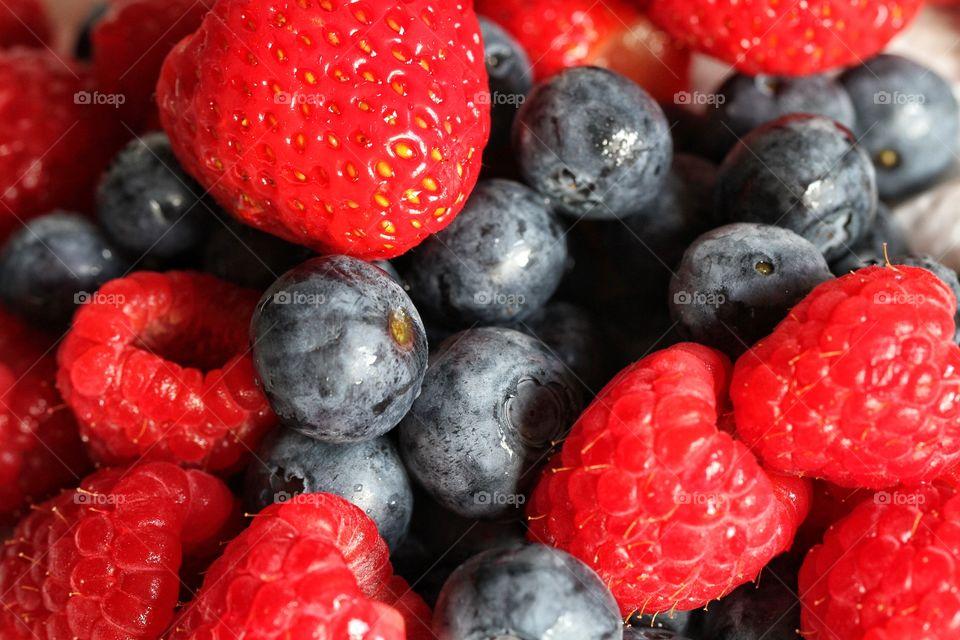 Full frame shot berry fruits