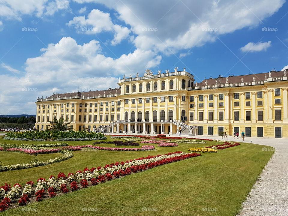 Schloss Schonbrunn 2