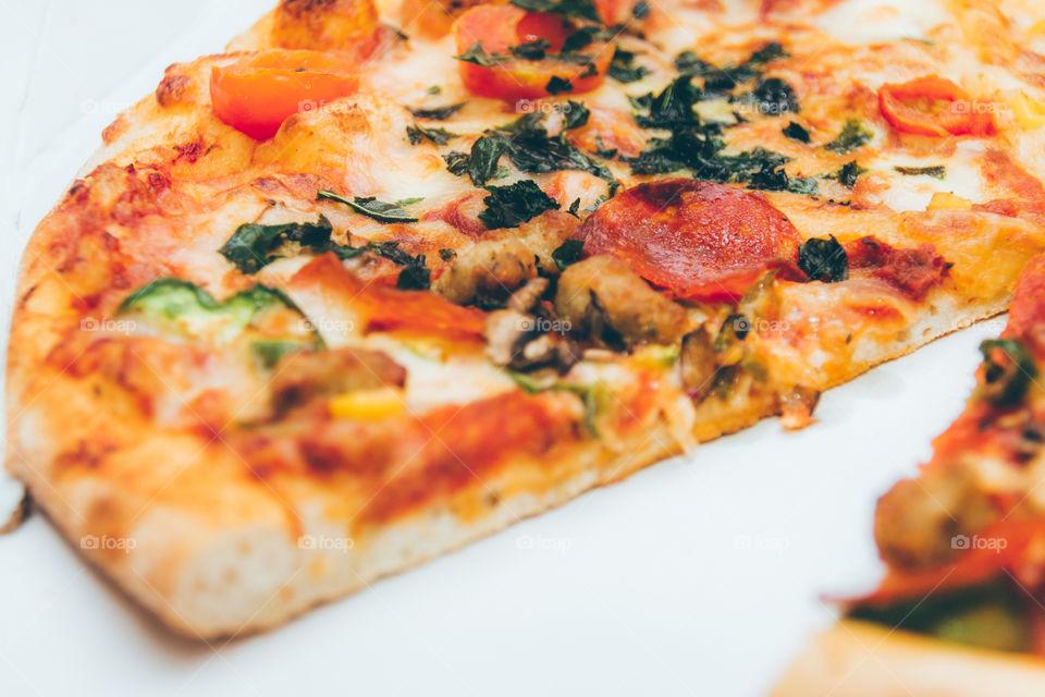 close-up seliciou pizza