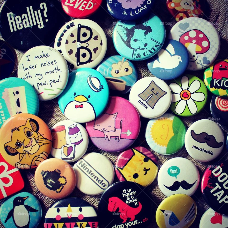 colors wallpaper buttons pins by CassieStarFox