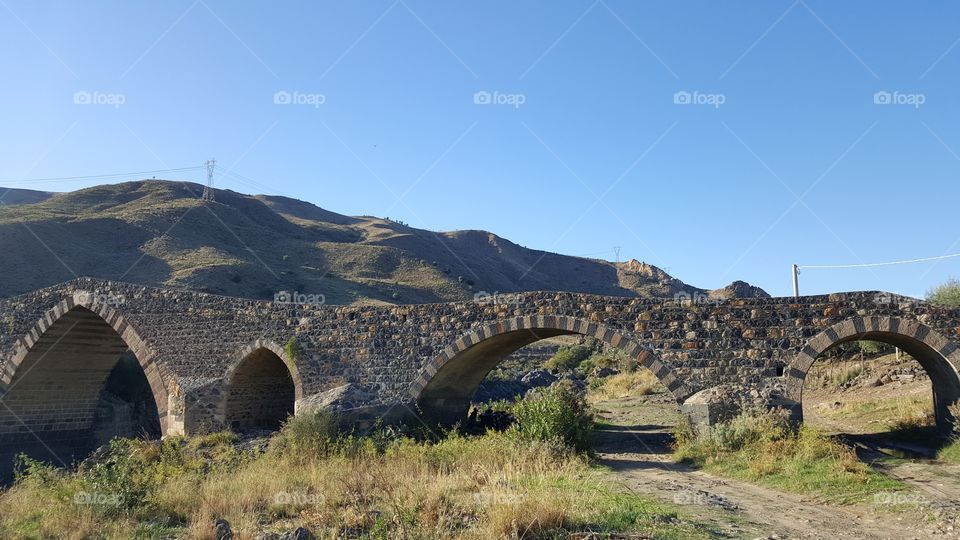 ponte dei saraceni sicilia